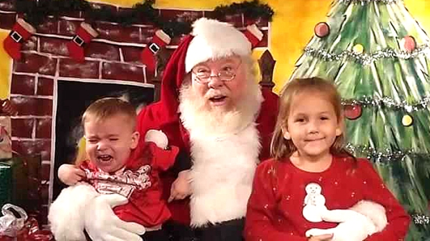 [2013 LA GALLERY] Santa Photo Fail: Pics of No Good Santa Encounters