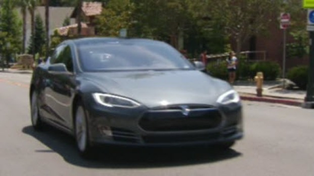 [BAY] Tesla Does Test Crashes