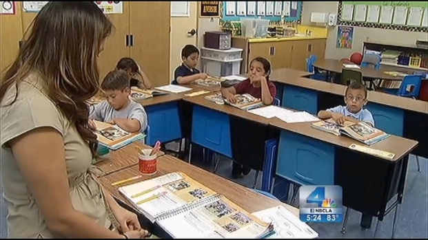 [LA] Dual-Immersion Program Preps Students for Global Economy
