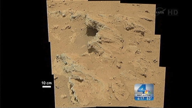 [LA] Curiosity Finds Evidence of Flowing Water on Mars