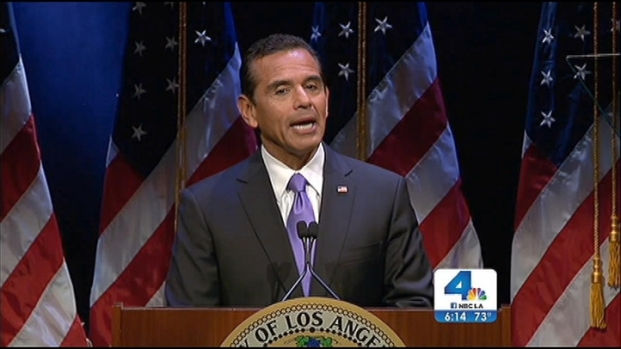 [LA] In Final Speech, Villaraigosa Jabs at Mayoral Candidates