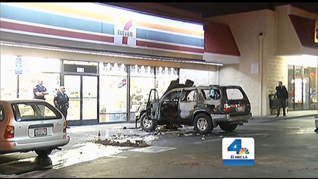 [LA] 63-Year-Old Man Doused, Set on Fire While Sitting in Parked SUV