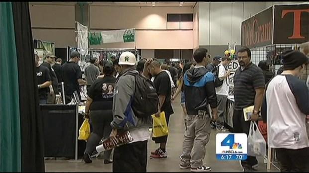 [LA] Pot Advocates Arrive for Medical Marijuana Confab