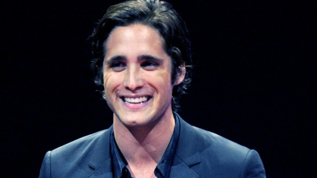 """[NBCAH] Diego Boneta Joins Julianne Hough and Tom Cruise in """"Rock of Ages"""""""