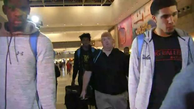 [LA] Raw Video: UCLA Basketball Players Arrive at LAX