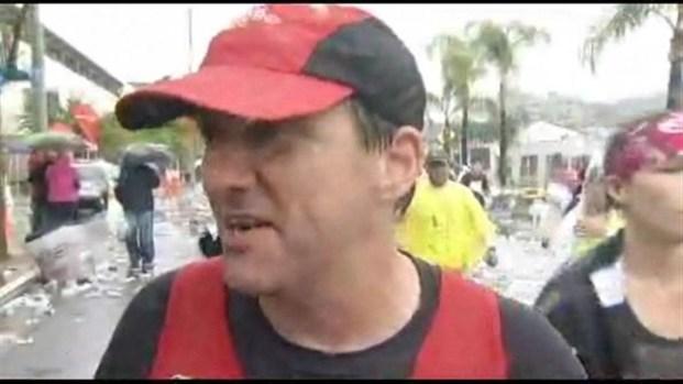 [LA] APLA Runners During the LA Marathon