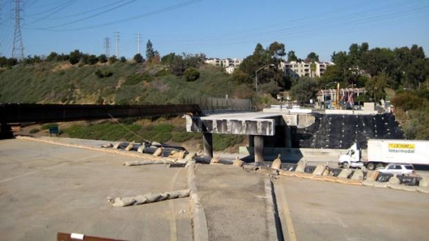 [LA] Caltrans Promises Bigger, Better Bridge Over Highwway 60