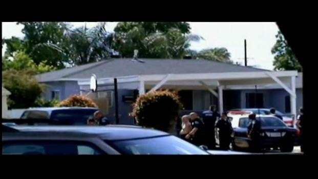 [LA] Raw Video Shows Police Response at Ontario Home