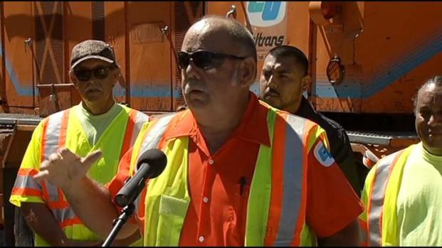 [LA] Woman Thanks Caltrans Worker for Saving Her