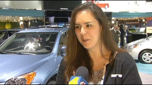 [LA] 2011 LA Auto Show: Gadgets Galore