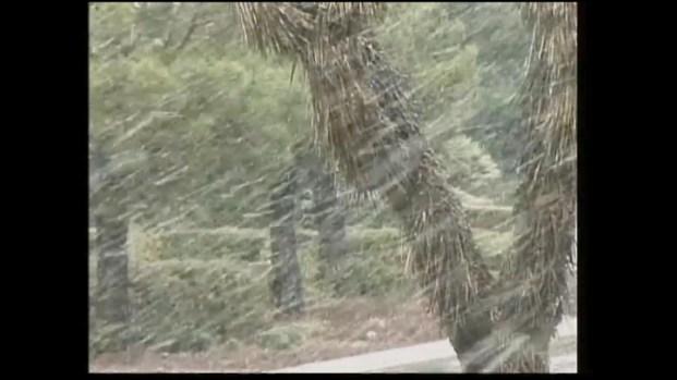 [LA] Snow hits the Frazier Park Area