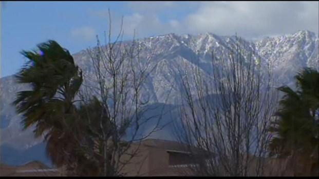 [LA] High Winds Hit Southern California