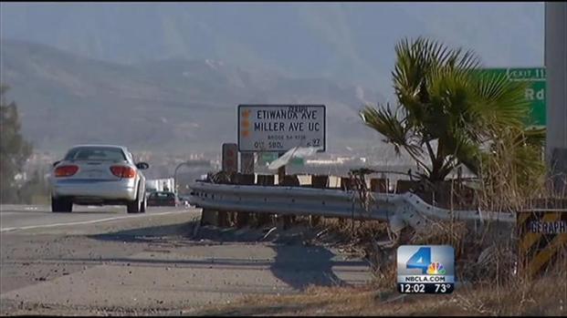 [LA] Windy Weather Hits Southern California
