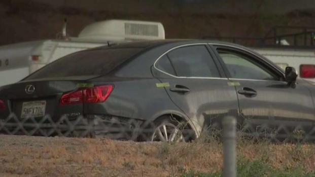 [LA] Body Found in Abandoned Lexus Near OC Freeway