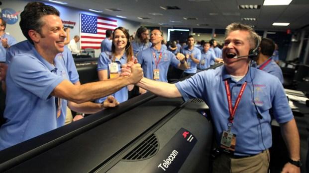 NASA's Curiosity Rover Lands on Mars