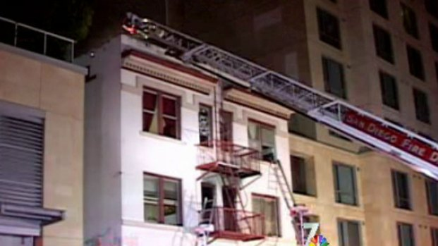 [DGO] Several Jump to Escape Hotel Fire in East Village