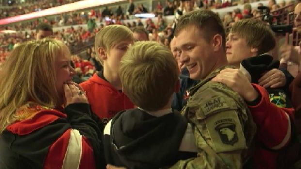 [CHI] Soldier Surprises Family at Blackhawks Game