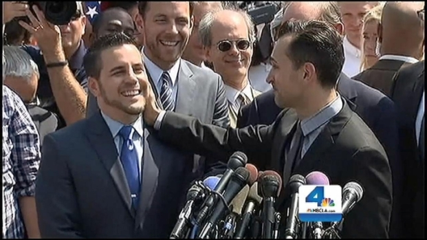 [LA] Villaraigosa Officiates Historic Same-Sex Marriage in City Hall