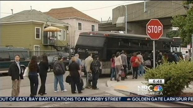 [BAY] BART Strike: Commuters Hop onto Chartered Buses