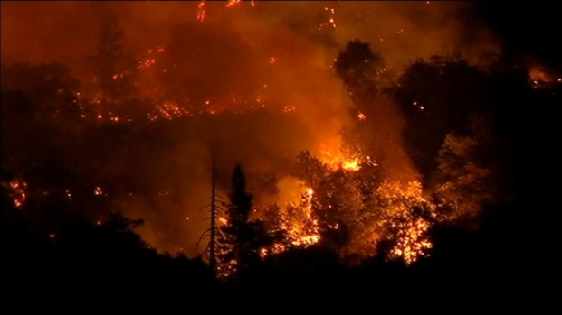 [BAY] RAW VIDEO: Rim Wildfire Burns Through Yosemite
