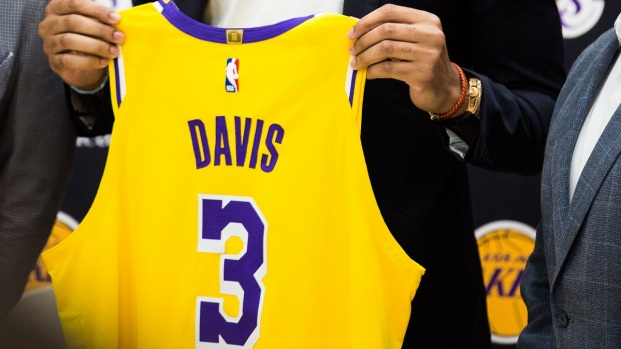 Photos: Lakers Introduce Anthony Davis With LeBron James in Attendance