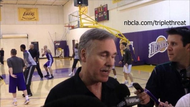 [LA] Lakers Practice Video: January 12, 2013 - Earl Clark