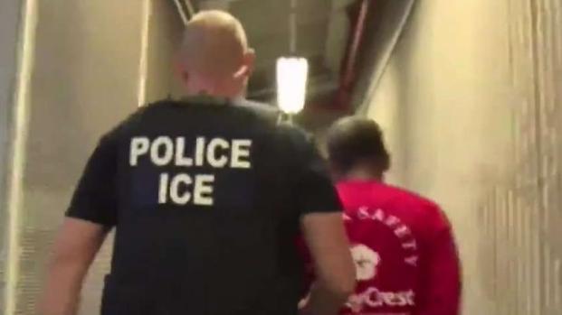 [LA] Local Police Clarify Immigration Policies