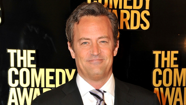 """[NBCAH] Matthew Perry Attacks Terrell Owens in """"Go On"""""""