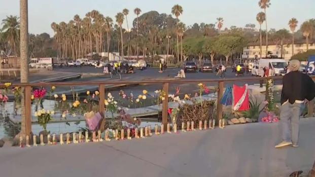 [LA] Mourners at Santa Barbara Harbor Honor Boat Fire Victims