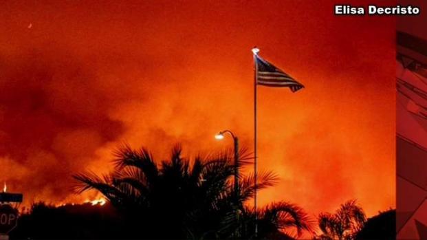 [LA] Murrieta-Area Fire Casts Thick Smoke Over Neighborhoods