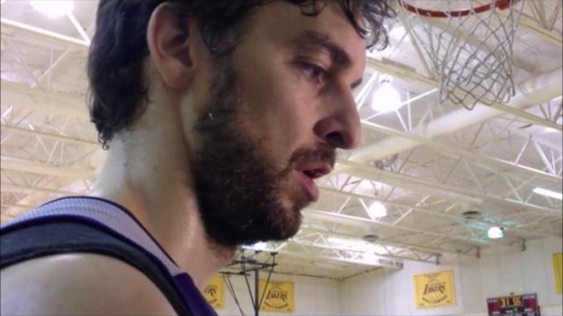 [LA] At Lakers' Practice: Pau Gasol Discusses Adjusting
