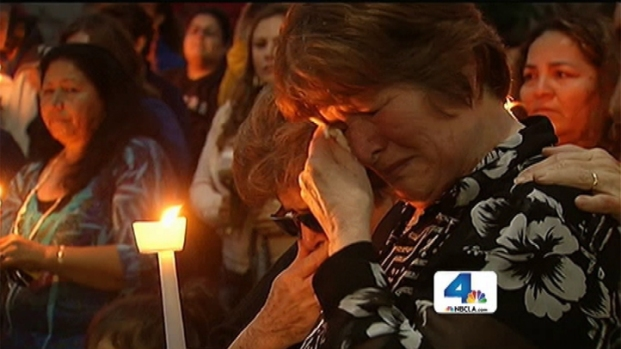 [LA] After Deadly Shootings, Santa Monica Residents Call for Peace