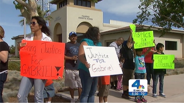 [NATL-V-LA] Protesters Say Palmdale Child Abuse Victim Didn't Have to Die