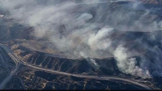[LA] Slowing Winds Aid Saddleridge Firefight