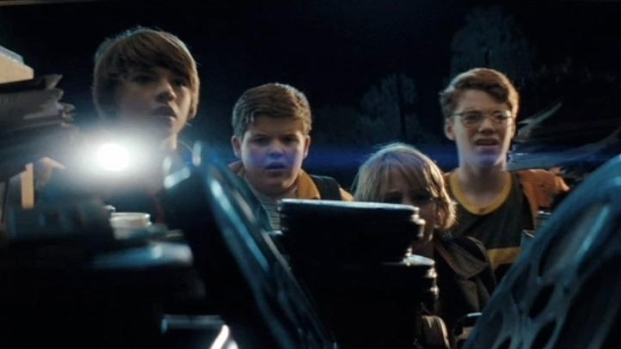"[NATL] First Look: ""Super 8"""