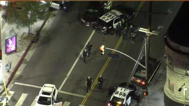 [LA] Suspected Robbery Police Chase Ends in Echo Park Crash