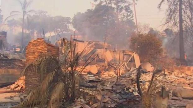 [NATL-LA] Thomas Fire Destroys Ventura Home, Homeowner Grateful for Family's Safety