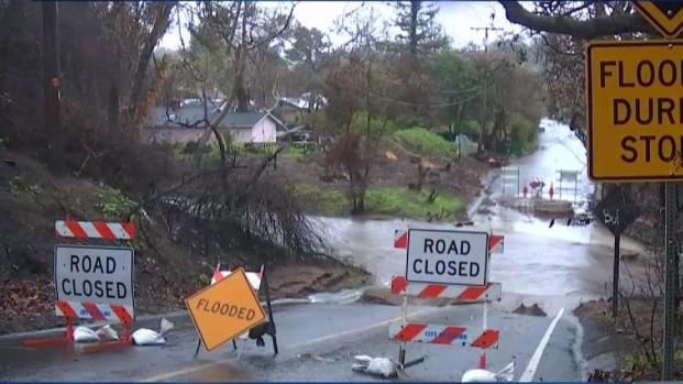 [LA] Topanga Canyon Roads Get Hit by Landslides and Rockfalls
