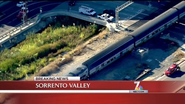[DGO] Amtrak Train Collides with Vehicles: Officials