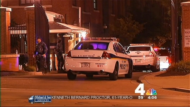 [DC] Navy Yard Shooting: Investigators Search for a Motive
