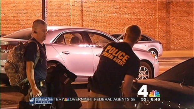[DC] Police Search for Motive in Navy Yard Shooting