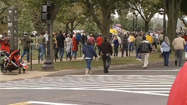 [DC] Protesters Clash With Capitol Police