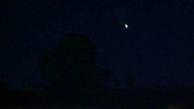 [V-NATL-MI] Bright Streak Lights Up Night Sky; Likely Sporadic Meteor, Expert Says