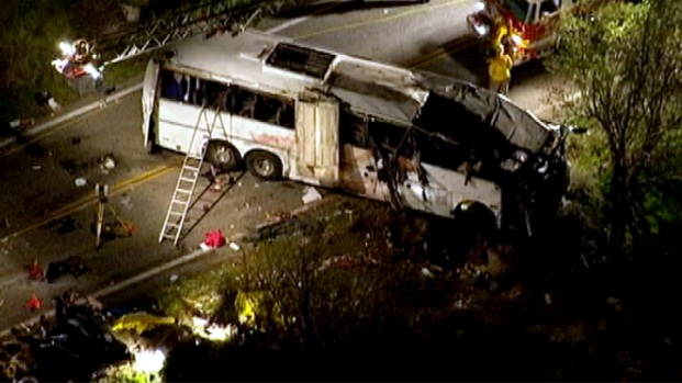 [LA] Investigators Attempt to Determine Cause of Tour Bus Crash