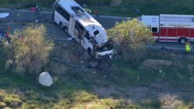 [LA] As Relatives Mourn, Investigators Begin Work After Bus Crash