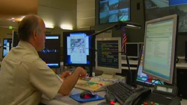 "[LA] Caltrans Shows Off ""Nerve Center"" for Carmageddon"