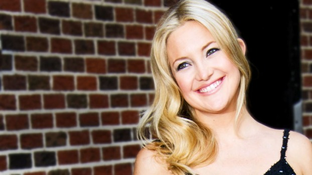 [NATL] Kate Hudson Scoops Up $5.3M House Next Door