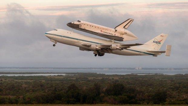 [LA] Shuttle Endeavour Ready For Final Flight