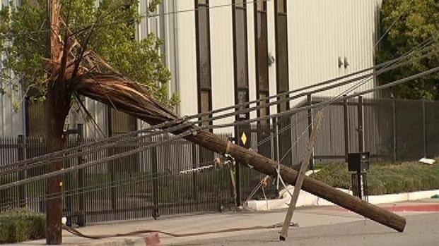 [LA] Winds Rock Inland Empire