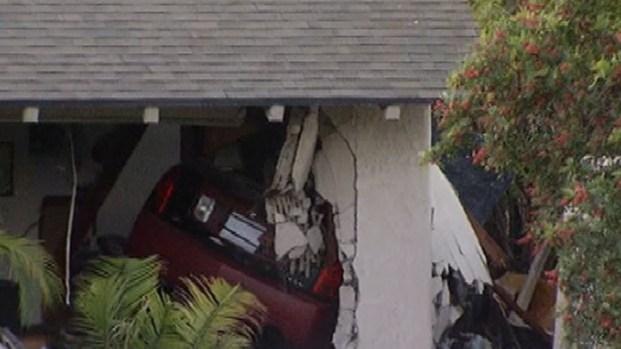 [LA] Suspected DUI Driver Kills Resident